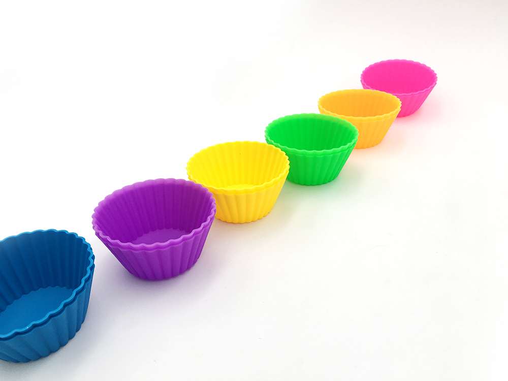 Silicone Baking Cups  Cupcake Liners Truffle Cups - 12PCS 6 Colors