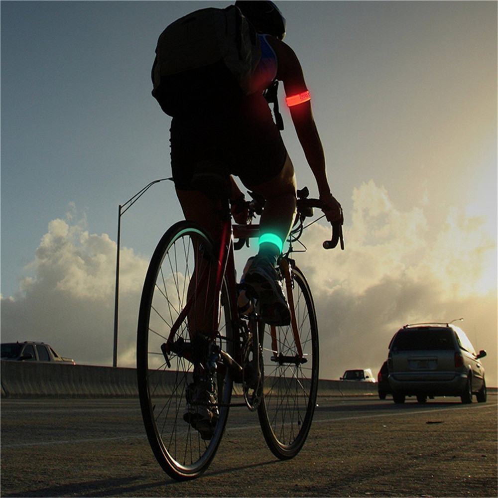 YWXLight LED Sports Armband Running Light Flashing Safety Light for Jogging or Cycling